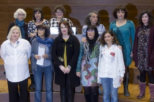 emakume torturatuak nafarroa parlamentua.jpg