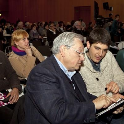 foro-social-para-promover-el-proceso-de-paz_8590012980_o.jpg