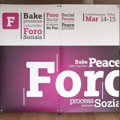 foro-social-para-promover-el-proceso-de-paz_8588870543_o.jpg